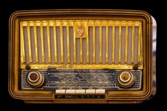radio-1682531_960_720